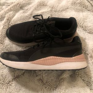 Black & Pink Puma Tennis Shoes